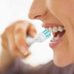 Zähne, Zahnspange auch für Erwachsene und Zahnzusatzversicherung